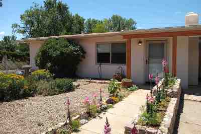 Single Family Home For Sale: 510 Escudero