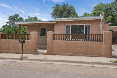 Santa Fe Single Family Home For Sale: 118 Sam St.