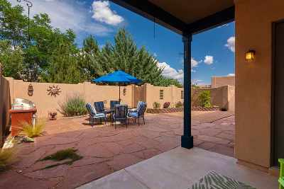 Santa Fe County Single Family Home For Sale: 4740 Highlands Loop