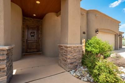 Rio Rancho Single Family Home For Sale: 6452 Matamoros Rd NE