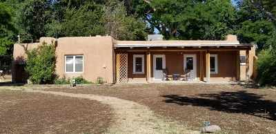 Espanola Single Family Home For Sale: 1522 El Llano Road