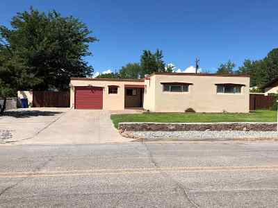 Espanola Single Family Home For Sale: 805 Valley Drive