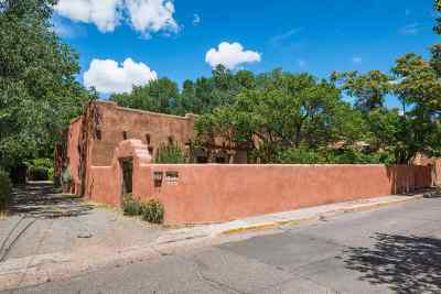 Santa Fe Single Family Home For Sale: 126 Martinez Street