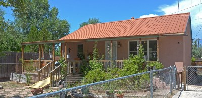 Rio Arriba County Single Family Home For Sale: 826 E Fairview Lane