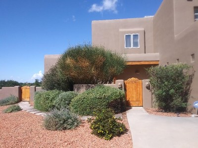 Santa Fe Single Family Home For Sale: 3001 Governor Mechem Rd