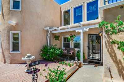 Santa Fe Single Family Home For Sale: 20 Avenida Del Monte Alto