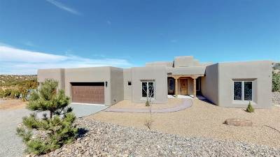 Santa Fe Single Family Home For Sale: 24 Camino Hasta Manana