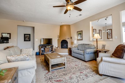Santa Fe Single Family Home For Sale: 2 Darlene Court