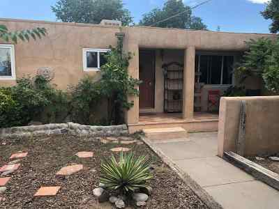Espanola Single Family Home For Sale: 908 Calle Armada