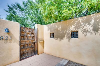 Santa Fe NM Single Family Home For Sale: $449,500