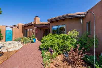 Santa Fe NM Single Family Home For Sale: $430,000