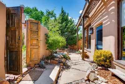 Santa Fe County Single Family Home For Sale: 1212-1/2 Canyon Road