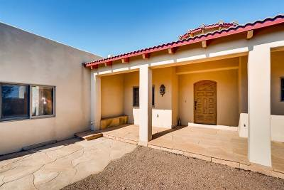 Santa Fe Single Family Home For Sale: 9 Camino Cruz Corta
