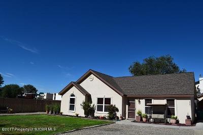 Farmington Single Family Home For Sale: 2207 N Huntzinger Avenue