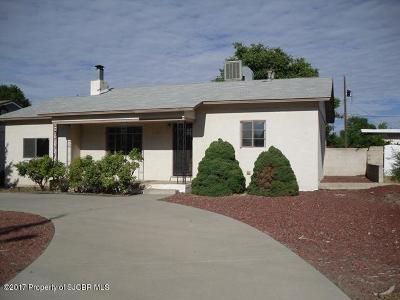 Farmington Single Family Home For Sale: 1105 N Butler Avenue