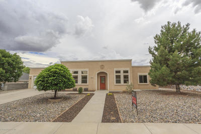 Single Family Home For Sale: 5003 Carolcreste Drive