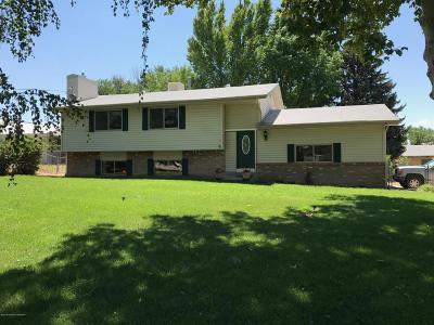 Aztec, Flora Vista Single Family Home For Sale: 300 Mesa Drive