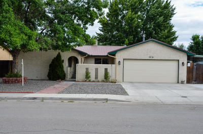 Bloomfield Single Family Home For Sale: 909 W Cypress Street