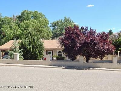 Farmington Single Family Home For Sale: 805 W 24th Street