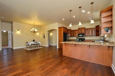 Farmington, Flora Vista Single Family Home For Sale: 5709 Pinehurst Drive