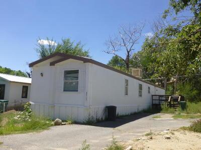 Farmington Manufactured Home For Sale: 3715 Gold Avenue