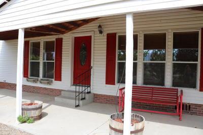 Farmington, Flora Vista Manufactured Home For Sale: 10 Road 1798