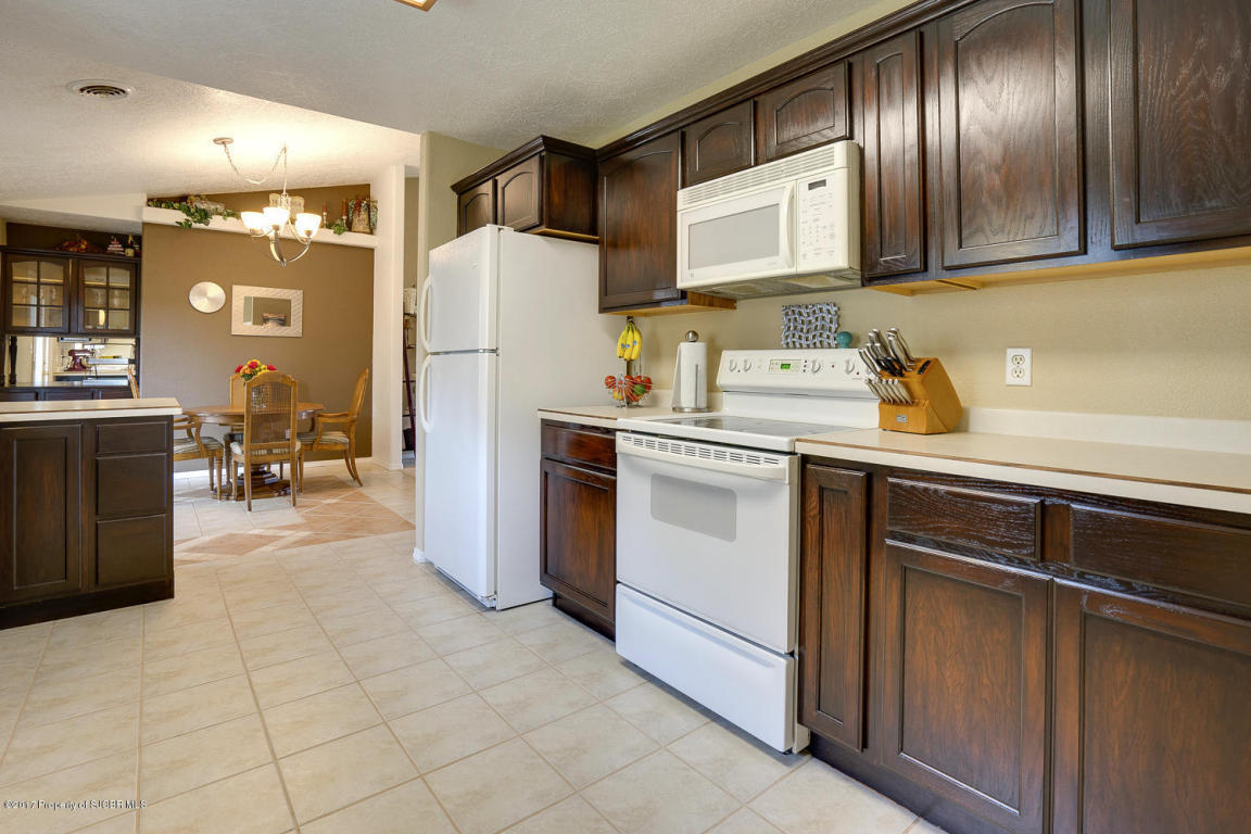 815 Chaparral Ln, Bloomfield, NM 87413