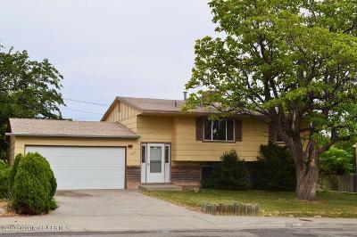 Farmington Single Family Home For Sale: 3104 Marquette Avenue