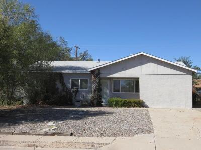 Farmington Single Family Home For Sale: 3805 Highland View Drive