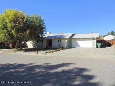 Farmington Single Family Home For Sale: 3105 Carmel Drive