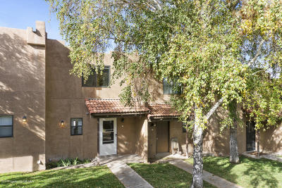 Farmington Condo/Townhouse For Sale: 3888 N Butler #5