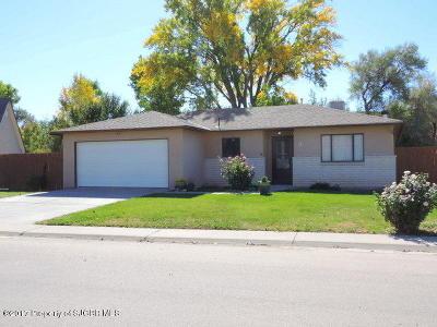 Farmington Single Family Home For Sale: 9 Road 6070