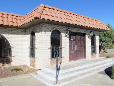 San Juan County Commercial For Sale: 1000 W Apache Street