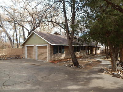 Farmington Single Family Home For Sale: 706 Orchard Homes Drive