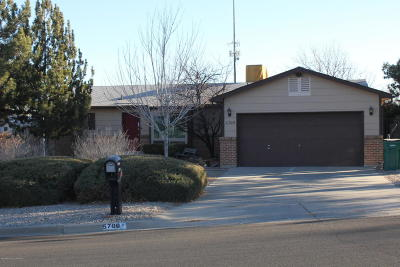 Farmington Single Family Home For Sale: 5709 Plaza Drive
