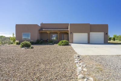 Aztec, Flora Vista Single Family Home For Sale: 18 Road 3627
