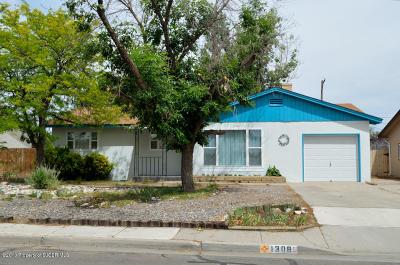 Farmington Single Family Home For Sale: 1308 Camina Entrada