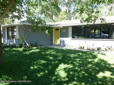 Farmington Single Family Home For Sale: 2502 Avery Lane