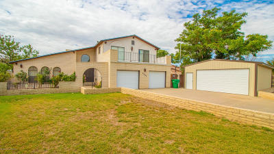 San Juan County Single Family Home For Sale: 2301 Camino Rio