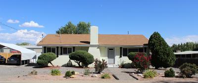 Farmington Single Family Home For Sale: 710 N Vine Avenue