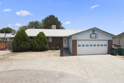 Farmington Single Family Home For Sale: 2502 N Sunset Avenue