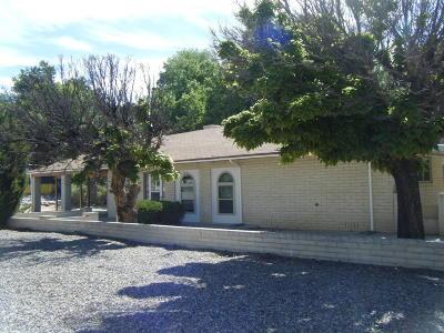 Farmington NM Single Family Home For Sale: $187,277