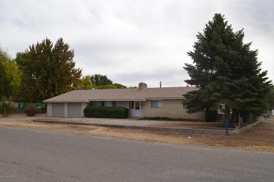 Farmington Single Family Home For Sale: 19 Road 5758