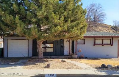 Single Family Home For Sale: 3308 Crestridge Drive