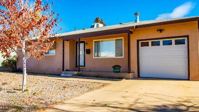 Single Family Home For Sale: 1520 N Carlton Avenue