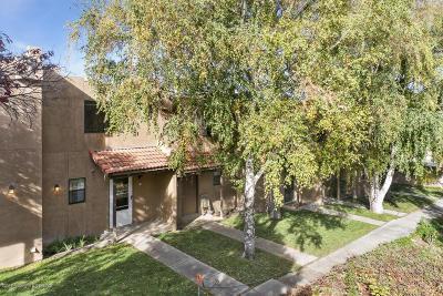 Farmington Condo/Townhouse For Sale: 3888 N Butler Avenue #5