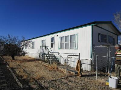 Farmington Manufactured Home For Sale: 1605 Meadow Lark Avenue