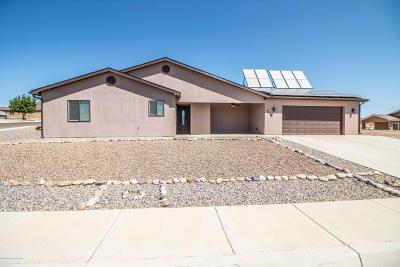 Farmington Single Family Home For Sale: 4950 Snowdrift Lane