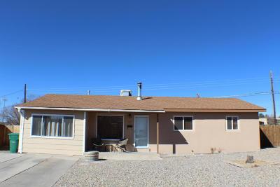 Farmington Single Family Home For Sale: 2605 N Park Place