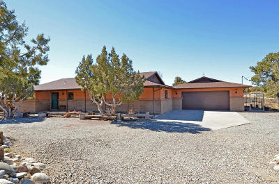 Single Family Home For Sale: 7901 Foothills Drive